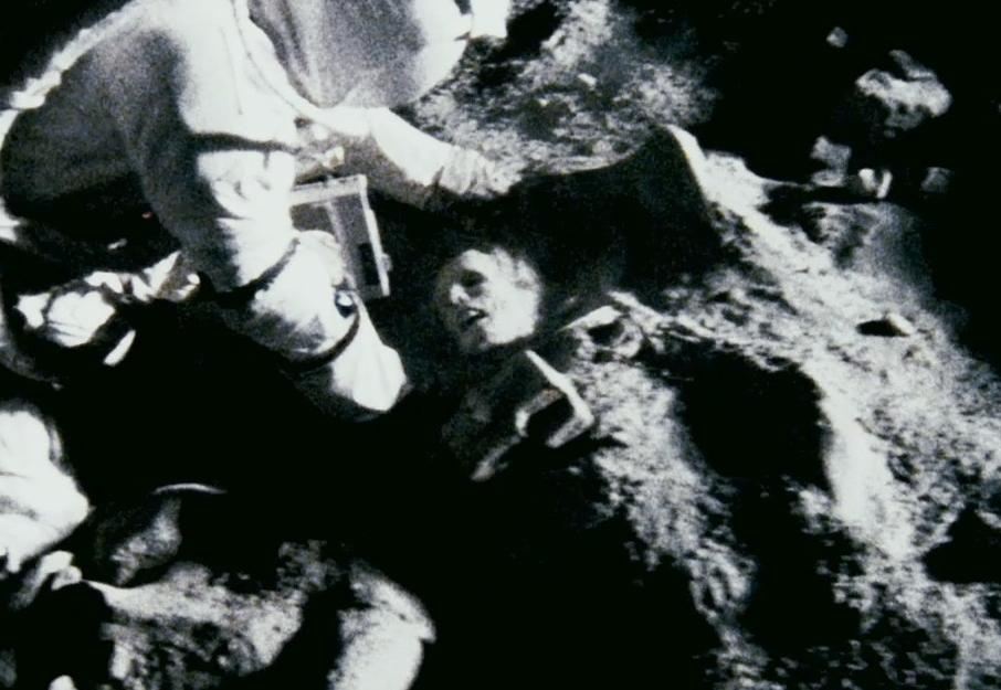 apollo 18 crew deaths - photo #5
